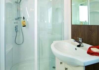 Mol-shower2