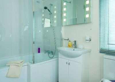 Stratford-shower