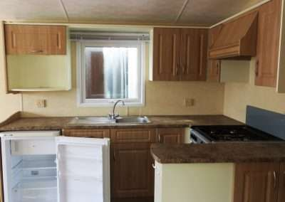 Mobile Home | Willerby Vacation 33x12 - Kitchen View 2