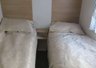 New-Mobile-Home-_-2017-Willerby-Peppy---Double-Bedroom