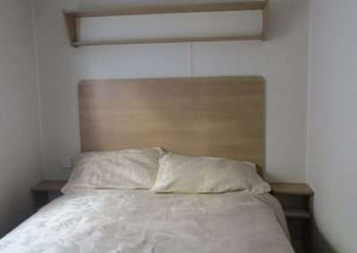 New-Mobile-Home-_-2017-Willerby-Peppy---Main-bedroom